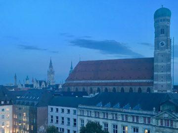 Sabine Vöhringer, München-Krimis, Alfred Hitchcock: Ein Krimi – mehr als eine Geschichte...