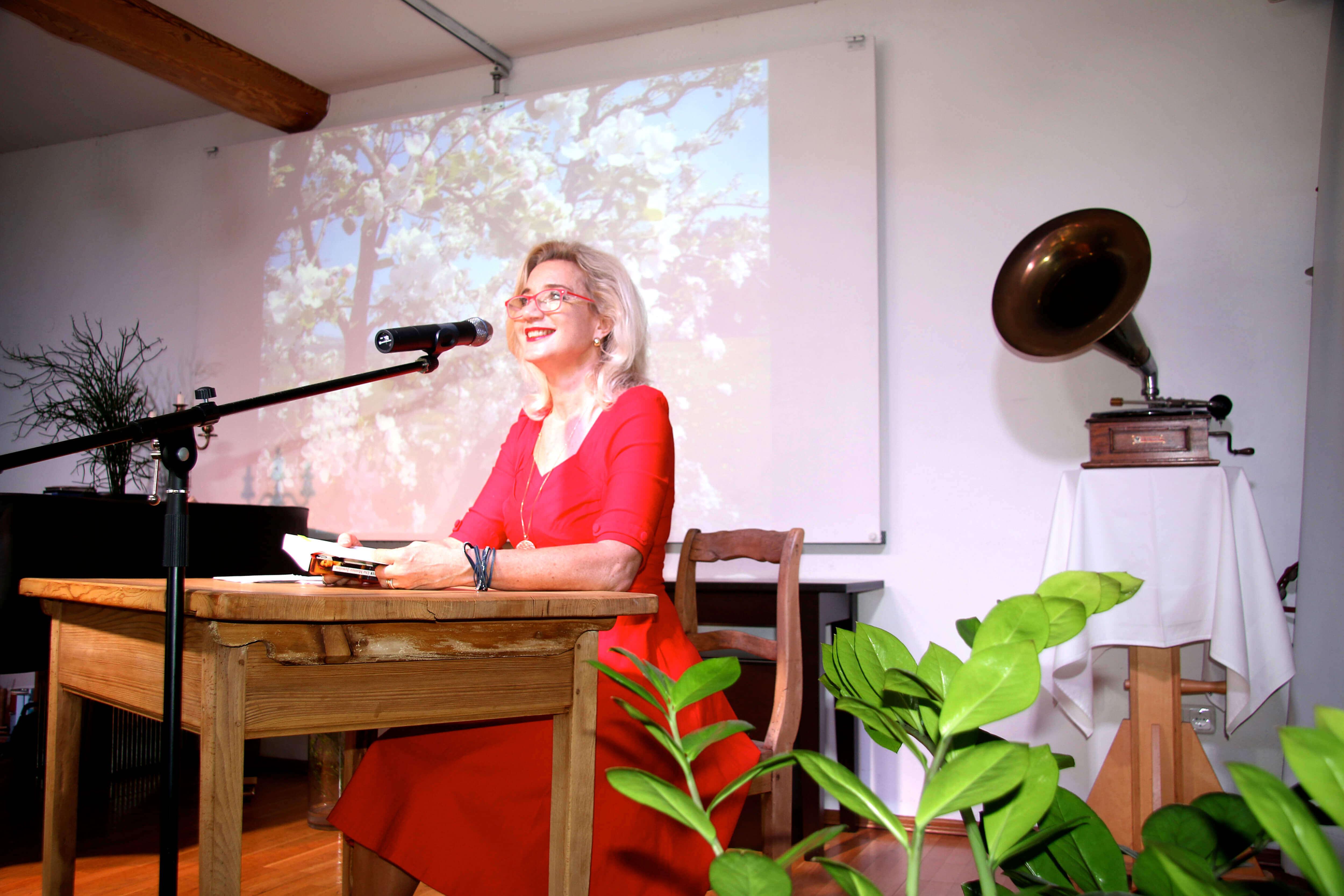 Sabine Vöhringer, Krimis aus Leidenschaft