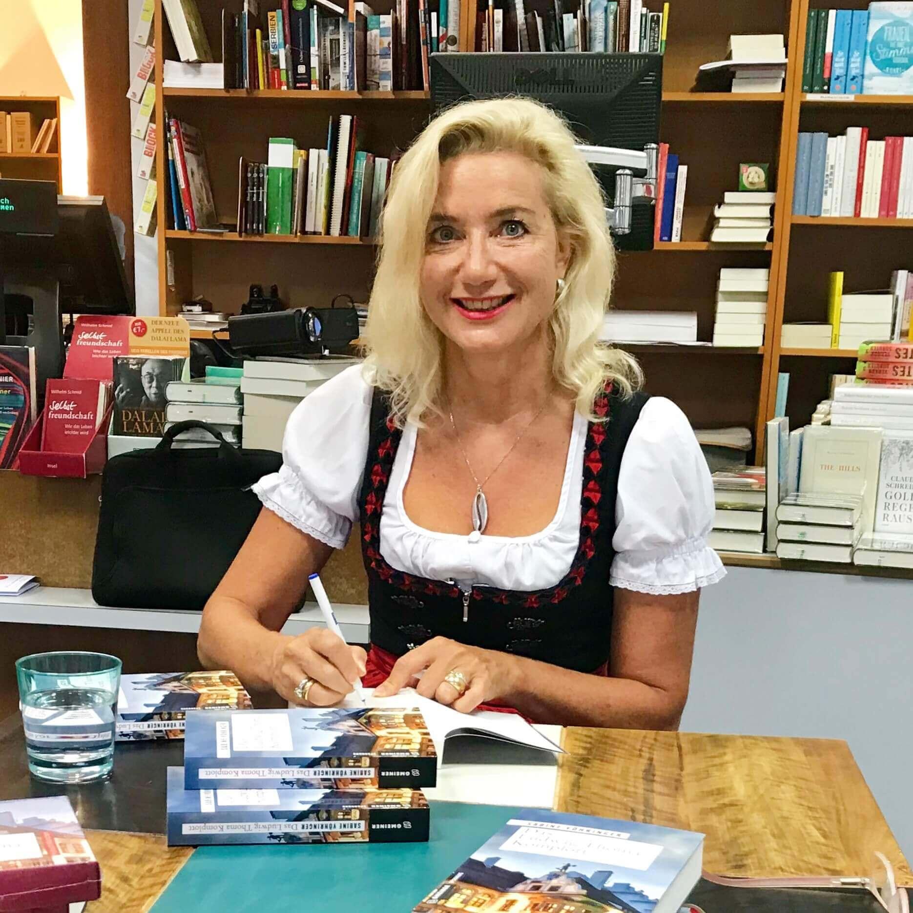 Sabine Voehringer, Ludwig Thoma Komplott Muenchen 1a.jpg